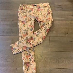 Super cute floral print cotton pants
